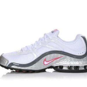 Brand New Nike Reax Run 5 Womens